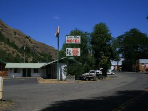 White Bird Motel